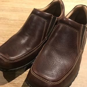 EUC Born Men's Shoes